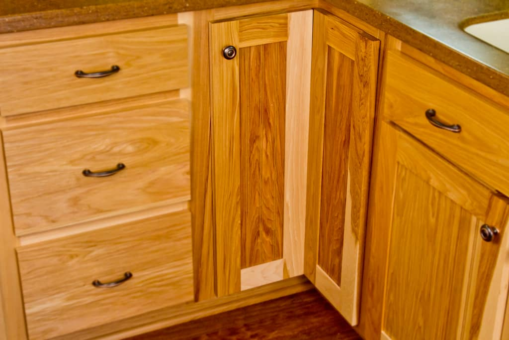 Base cabinet corner refacing kitchens by katie for Base corner kitchen cabinets